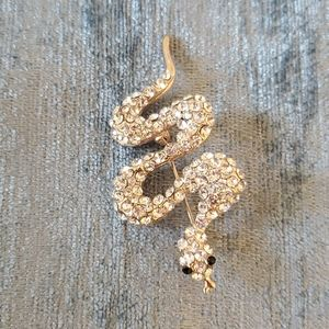 FREE W PURCHASE* SNAKE PIN BROOCH
